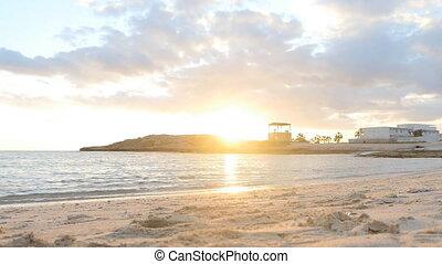 plaża, wyścigi, kobieta, zachód słońca