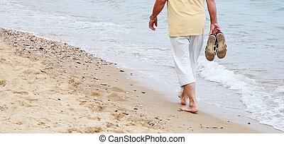 plażowa przechadzka