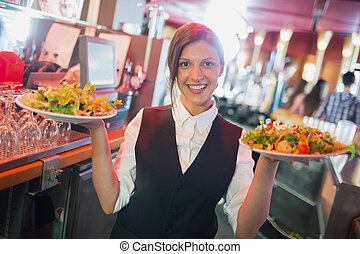placas, camarera, bastante, tenencia, ensaladas