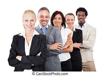 placer partout, businesspeople, bras croisés, fond, blanc
