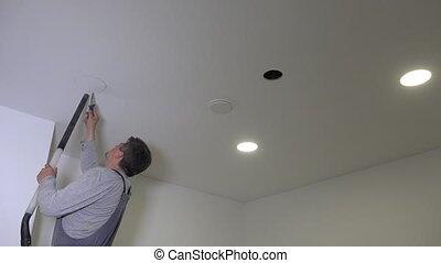 placoplâtre, rond, scie, homme, plafond, constructeur, trou