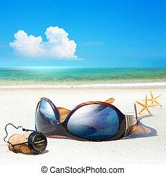 plage., art, romantique, femmes, mer, sommes, bouchon champagne, lunettes