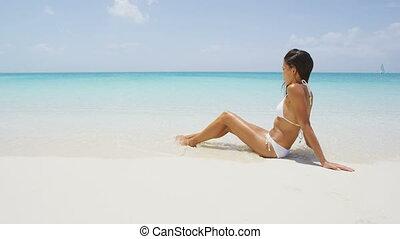 plage, -, bébé, vacances, bikini, soleil, sexy, femme, ...