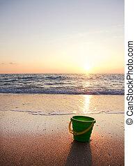 plage coucher soleil, été