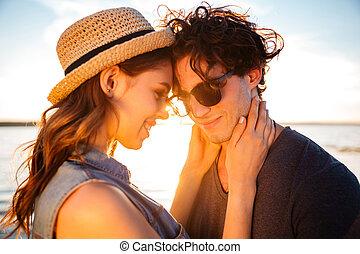 plage, couple, closeup, jeune, heureux