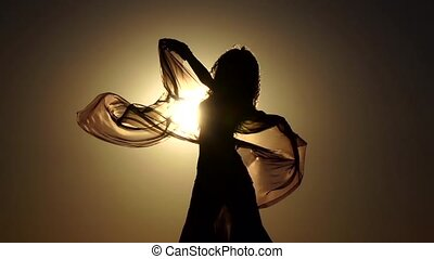 plage., elle, danse, danse, silhouette., mouvement, lent, ventre, mains, girl, voile