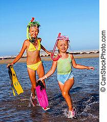 plage., enfants jouer