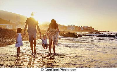 plage, famille, été, gai, amusement, portrait, avoir
