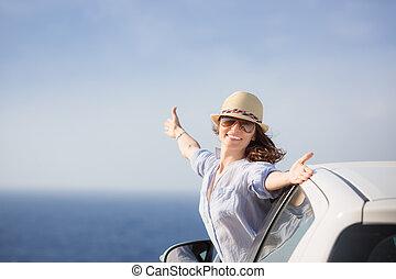 plage, femme, chauffeur, heureux