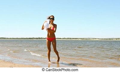 plage, femme, poser, jeune