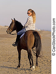 plage, horsewoman