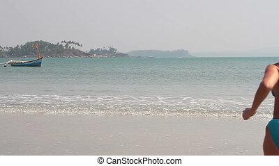 plage, jeune, femme, natation