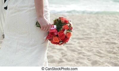 plage, nouveaux mariés