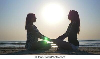 plage, pratique, yoga, amis