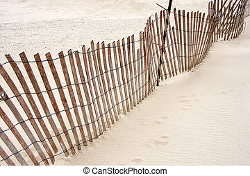 plage sable, barrière, penchant