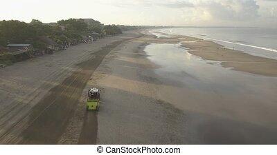 plage, tracteur, nettoyage