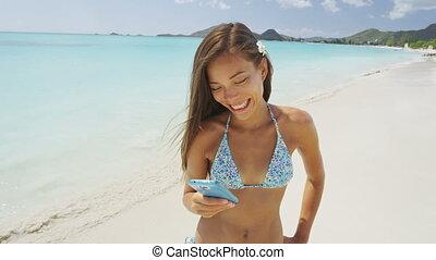 plage, utilisation, app, téléphoner femme, intelligent