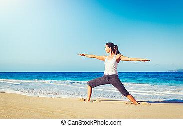 plage, yoga, manière vivre saine