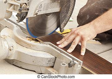 plancher, laminate, entrepreneur, découpage, nouveau, utilisation, scie, circulaire