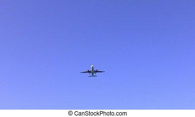 Plane flying overhead 4K video