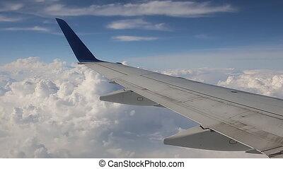 plane sky clouds horizont
