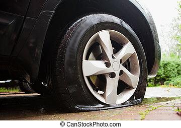 plano, dañado, neumático