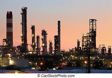 plante, huile, essence, industrie, -, usine, raffinerie, pétrochimique, crépuscule