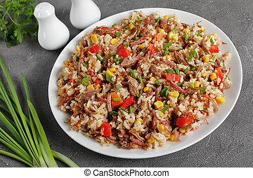 plaque, déchiqueté, juteux, boeuf, riz, végétariens
