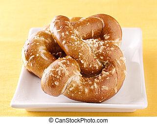 plaque, deux, pretzels
