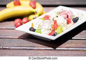 plaque, salade, arrière-plan., sain, glace, bois, fruit, frais, crème
