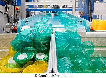 plast, 大量生産