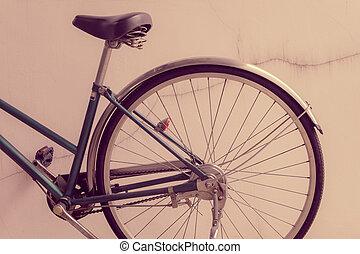 plaster., vieux, mur, contre, penchant, vélo, toqué