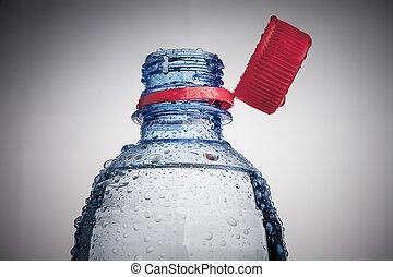 plastic flaska, av, dricksvatten