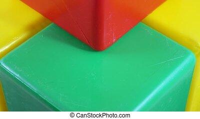 Plastic toy cube rotation