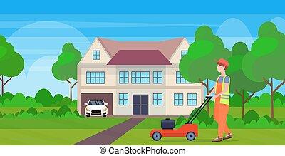 plat, pelouse, concept, jardinage, campagne, maison, moderne, tondeuse gazon herbe, découpage, longueur, entiers, fond, petite maison, horizontal, uniforme, jardinier, homme