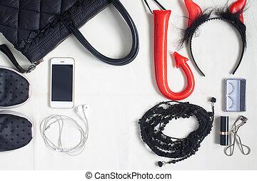plat, smartphone, femme, articles, photographie, halloween, articles, accessoires, produits de beauté, accessoires, aérien, poser, vue, sommet, essentiel