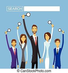 plat, zoeken, groep, zakenlui, houden, vergroten