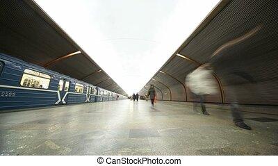 plate-forme, station, métro, gens
