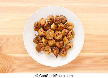 Plate of whole soft dried figs