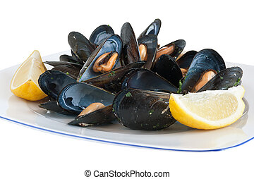 plate with mussels - cooked mussels on a plate with lemon ...