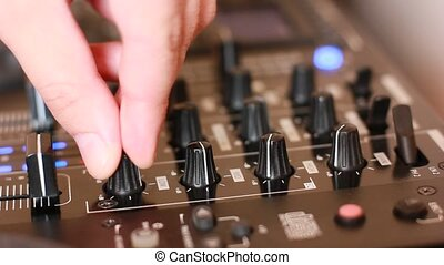 platine, dj, mélangeur