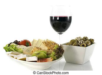 plato queso, con, vino rojo, y, aceitunas