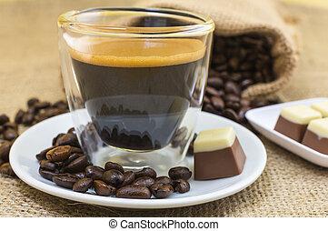 platte, bohnenkaffee, pralines, expresso, crema, frisch