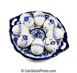 platte, gemalt, eier, hintergrund, weißes, ostern