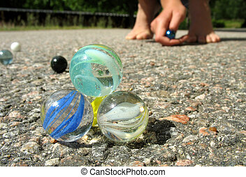 Play marbles 1