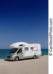 playa, camioneta campista