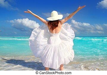 playa, trasero, mujer, viento, sacudida, vestido blanco