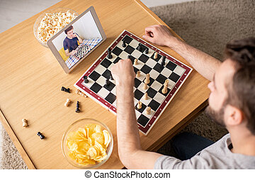 Playing chess game against opponent online