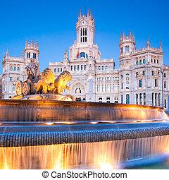 Plaza de Cibeles, Madrid, Spain. - Plaza de la Cibeles...