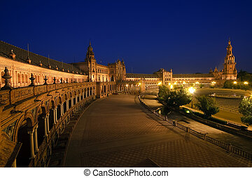 Plaza de Espana, Sevilla - Plaza de Espana at night,...